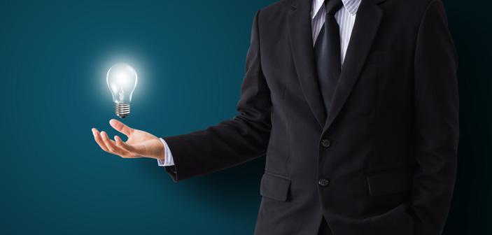 vildt design - svaevende lampe