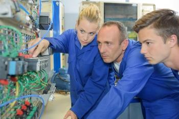 Der er gode muligheder for at uddanne sig til elektriker